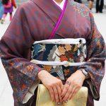 子供の入学式に着物で出席するお母さんも素敵!